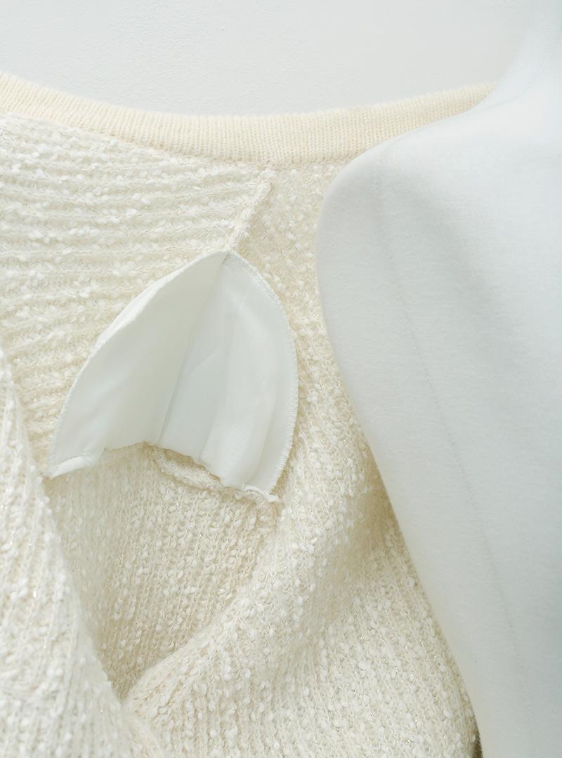 金釦口袋墊肩針織外套10月7日開始按購買先後順序進行配送!!
