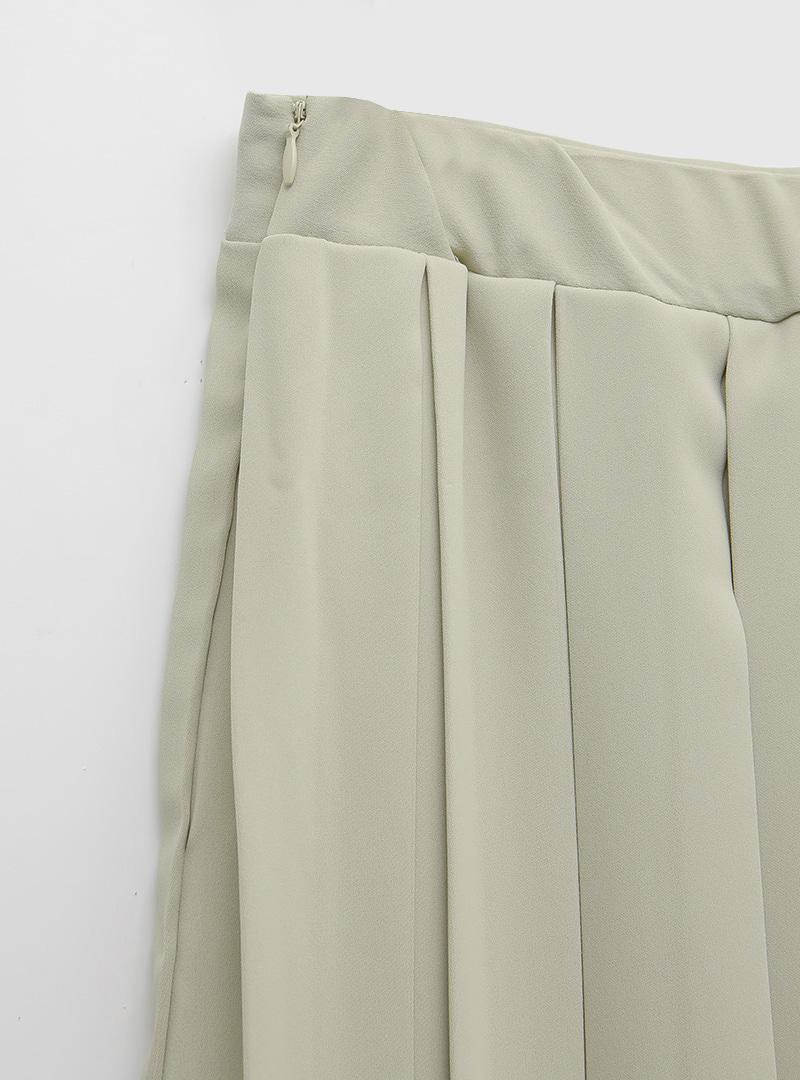 Pleated Solid Tone Midaxi Skirt