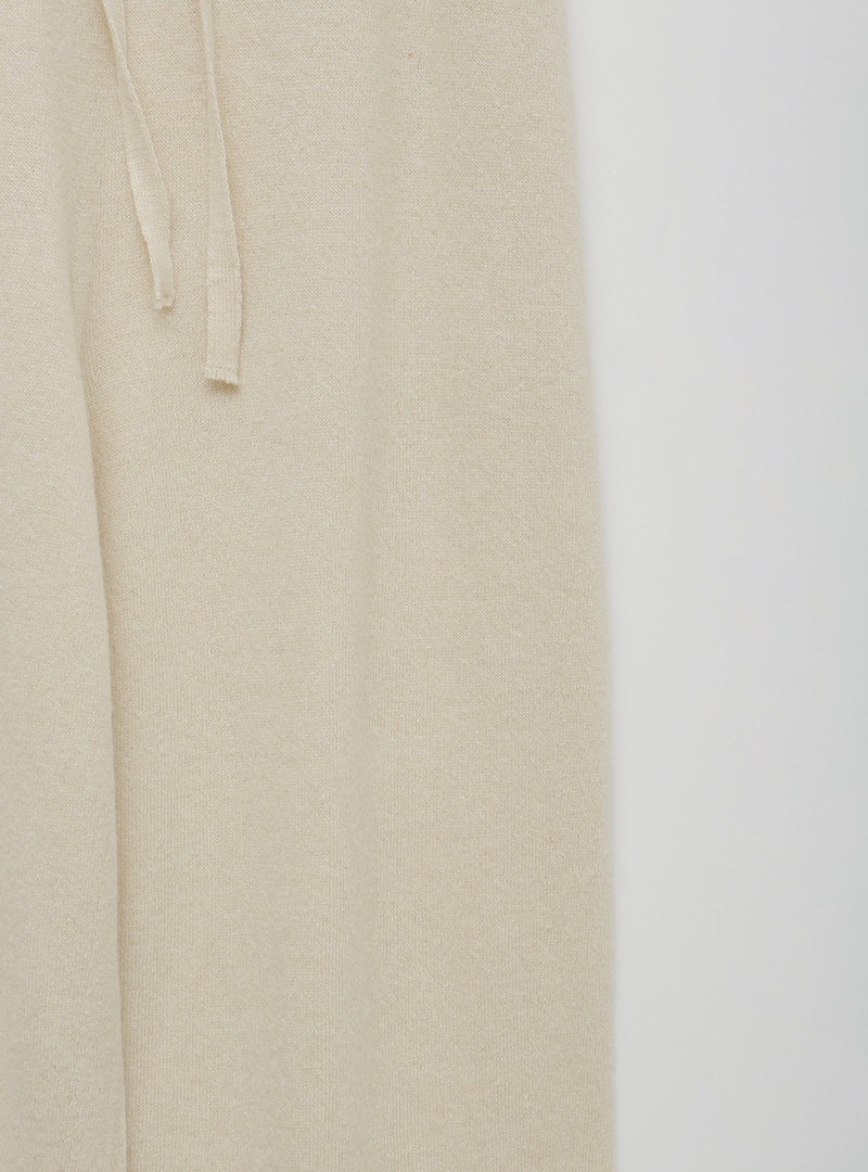 Tie-Waist Tapered Knit Pants
