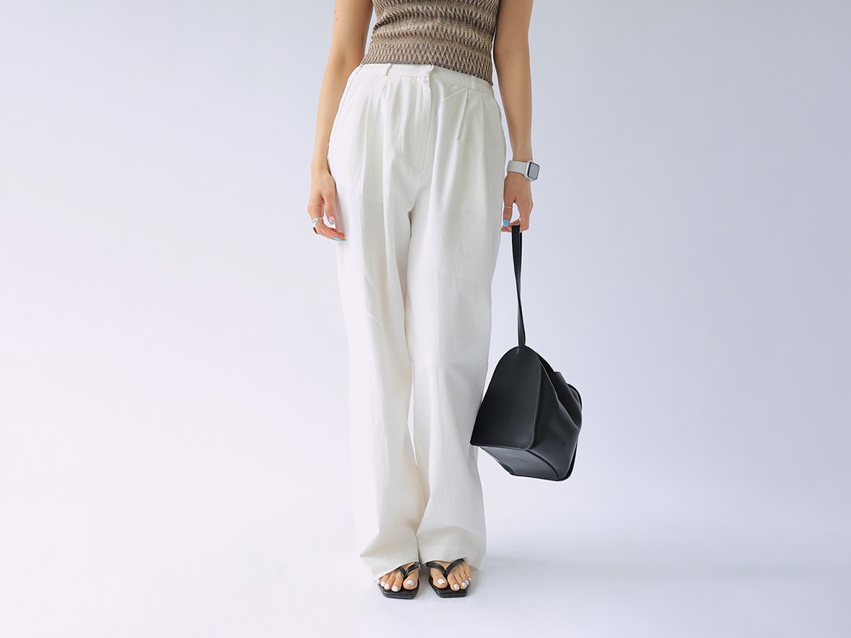 Pleated Front Wide-Leg Pants