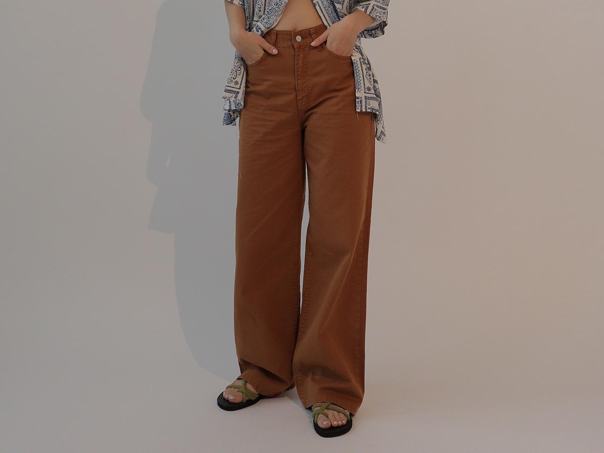 極簡時尚咖啡色直筒長褲