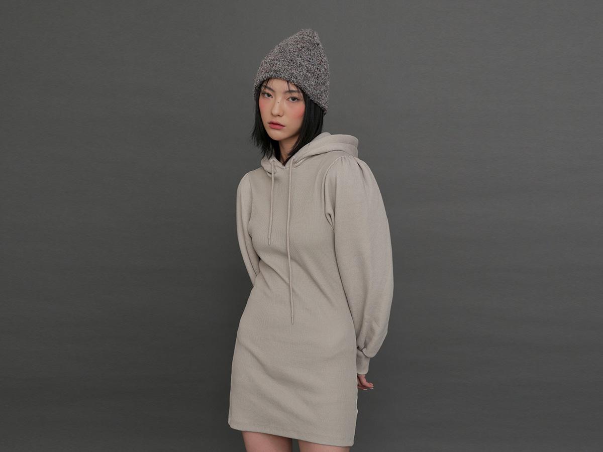 抽繩連帽純色休閒短洋裝