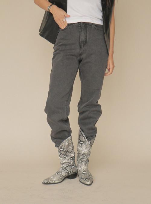 Regular Fit Straight Jeans
