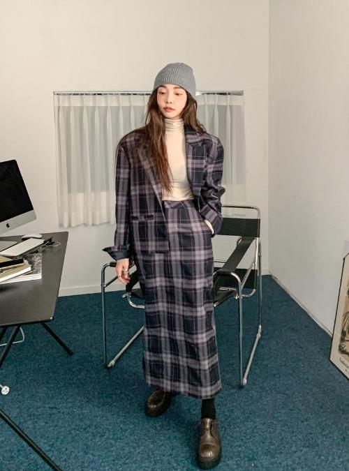 Straight-Cut Midaxi Check Skirt