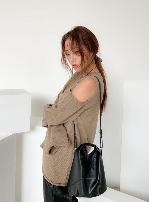Shoulder Cutout Loose Fit Knit Top