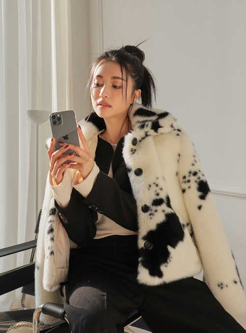 Spotted Short Faux Fur Jacket