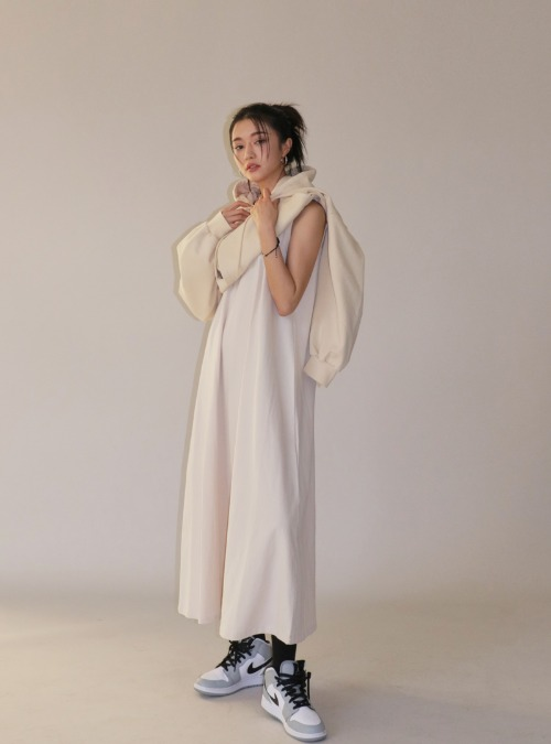 Scoop Neck Midaxi Sleeveless Dress