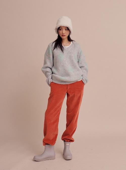 Straight-Cut Loose Fit Corduroy Pants