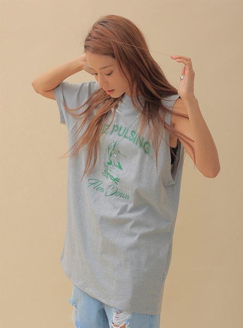 THE PULSING Print Single Sleeve T-Shirt