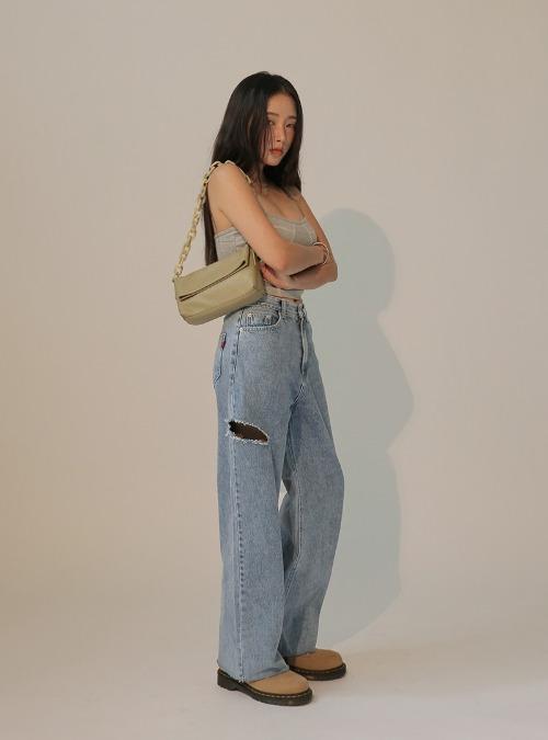 Slashed Thigh Raw Hem Loose Fit Jeans