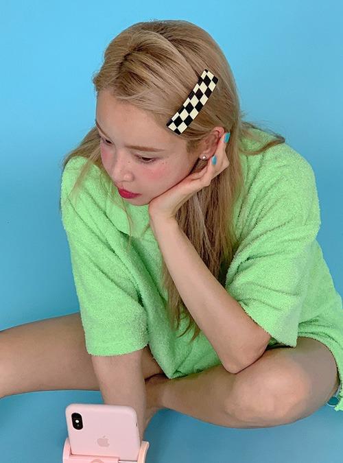 Checkered Rectangular Hair Clip