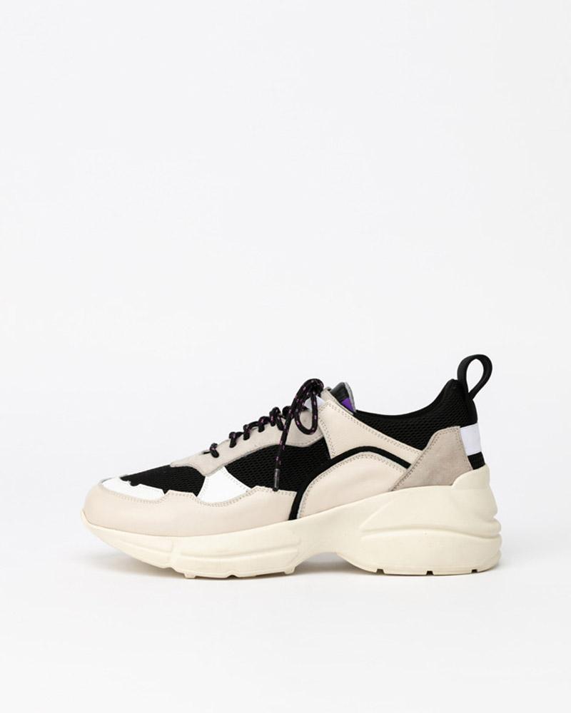 Eris Sneakers