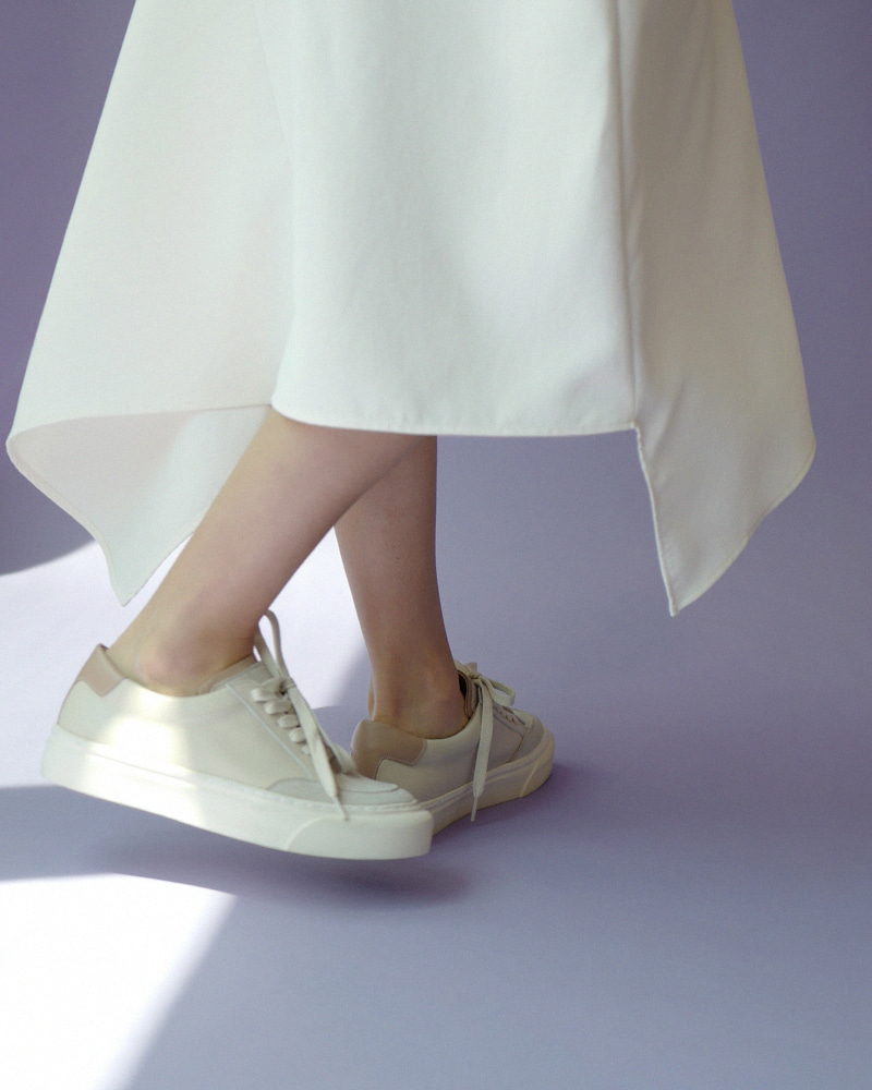 Suprema Sneakers in Ivory and Pink