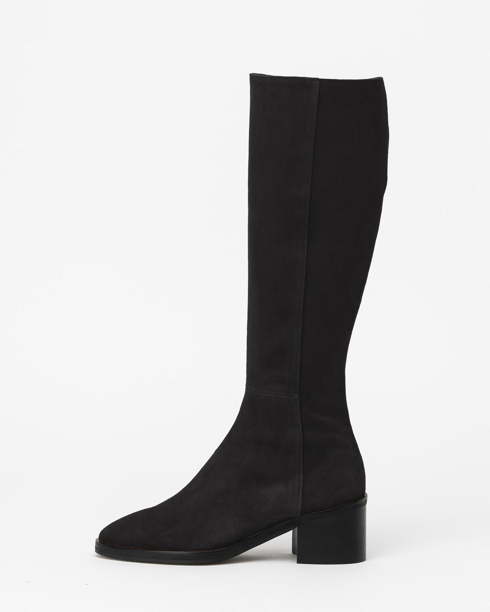 Fuller Boots in Chestnet Black Suede