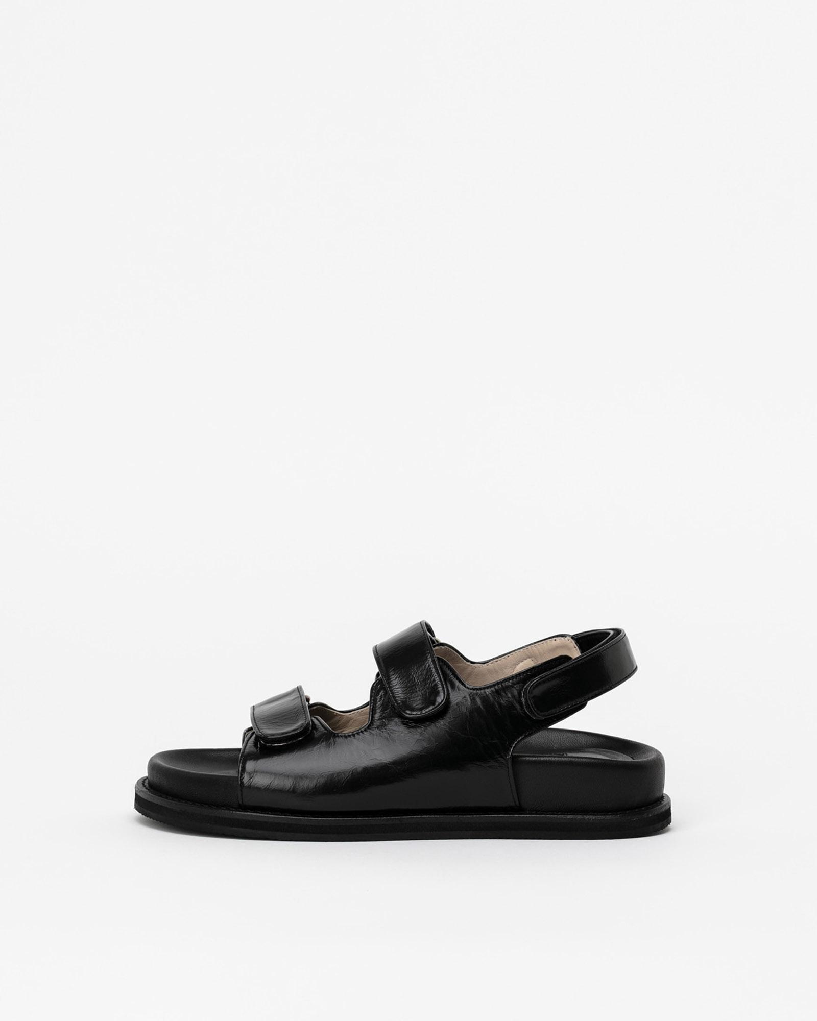 Batel Footbed Sandals in Wrinkled Black