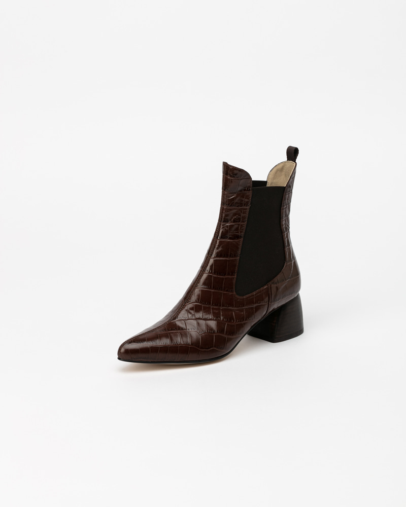 Fronto Chelsea Boots in Brown