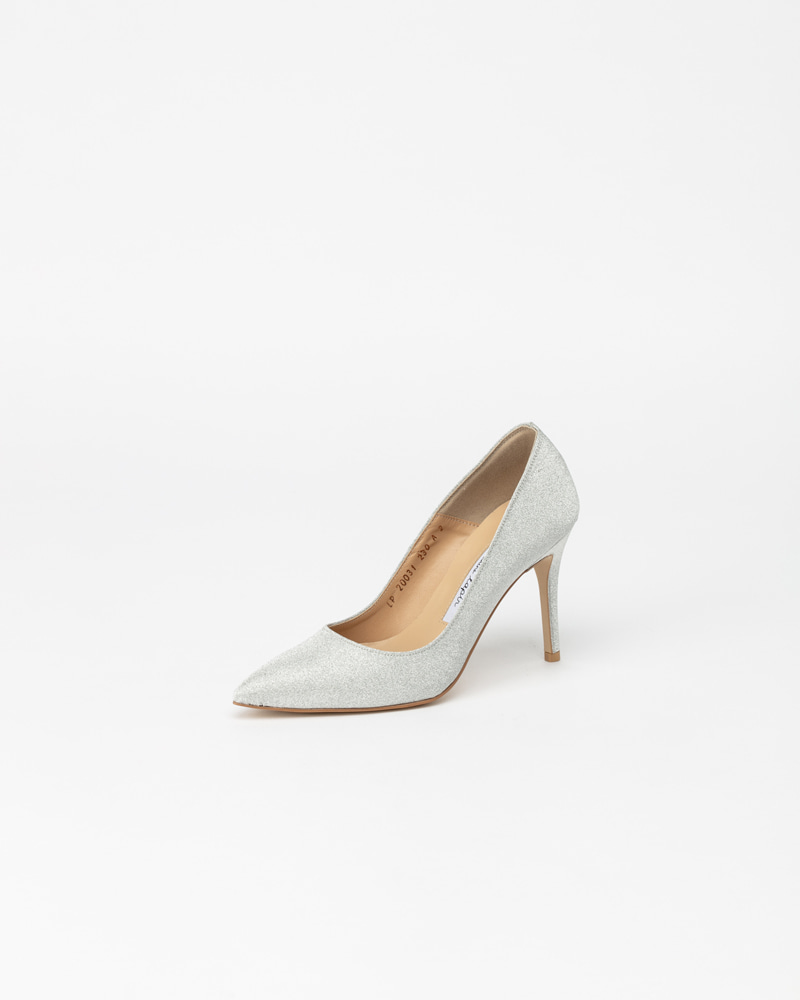Naive Pumps in Silver Pearl