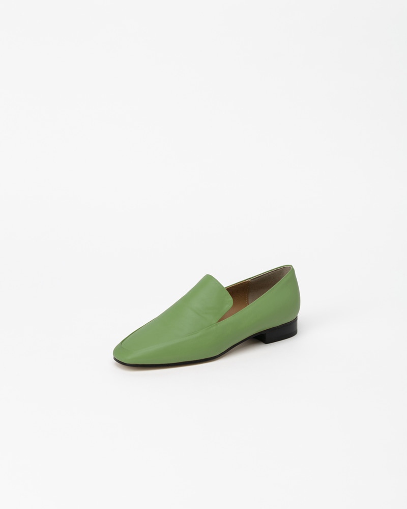 Moment Loafers in Green Baby Calf