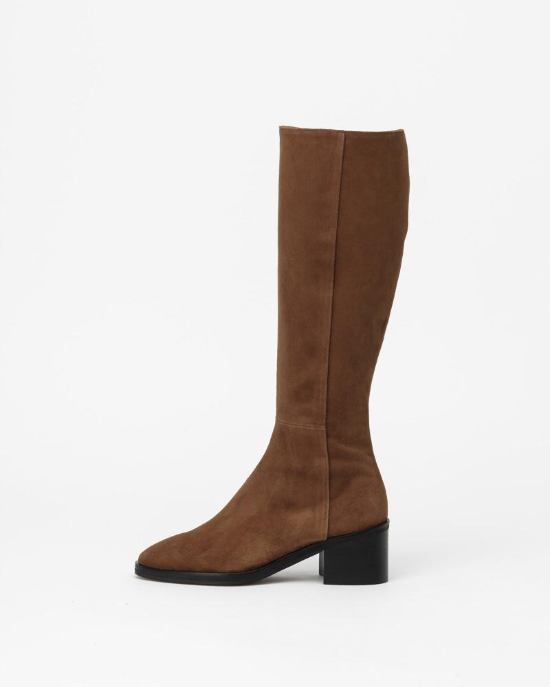 Fuller Boots in Chestnet Brown Suede