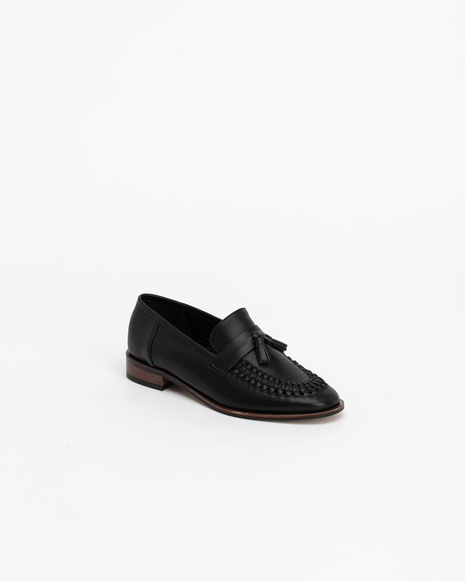 Mirage Soft Tasseled Loafers in Black