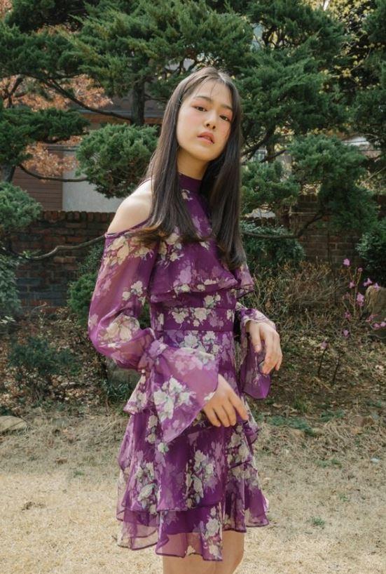 Off-shoulder frill dress (purple)
