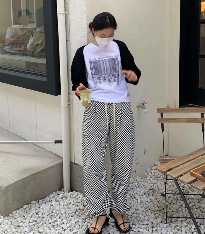 Chequered pants (black)