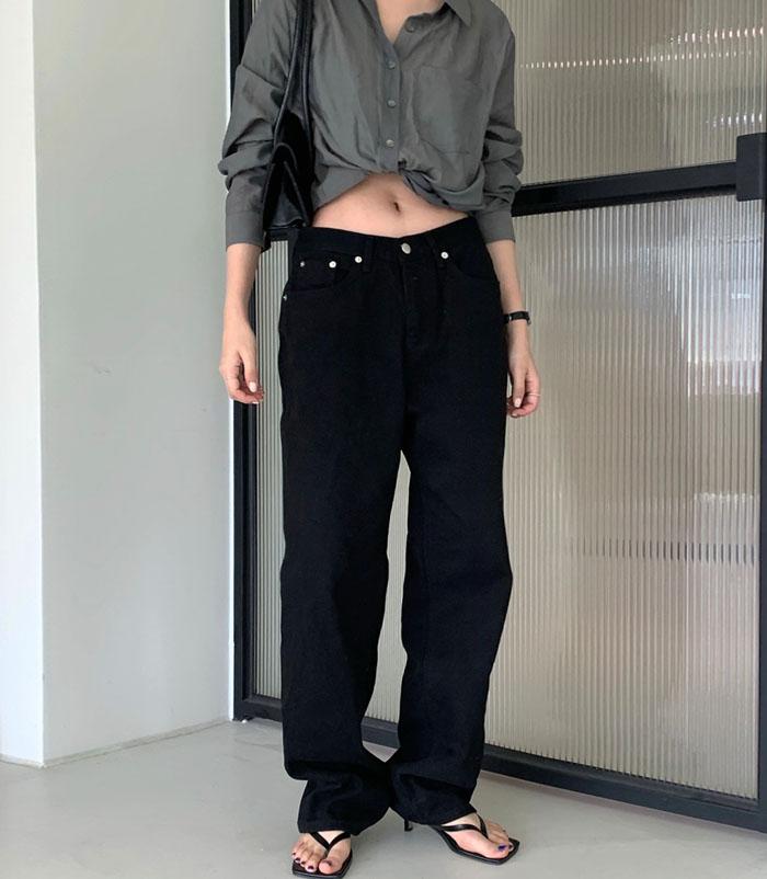 0021 black jeans