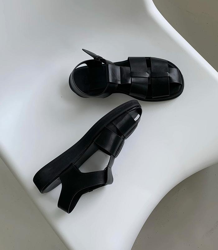 Retro sandal (black)