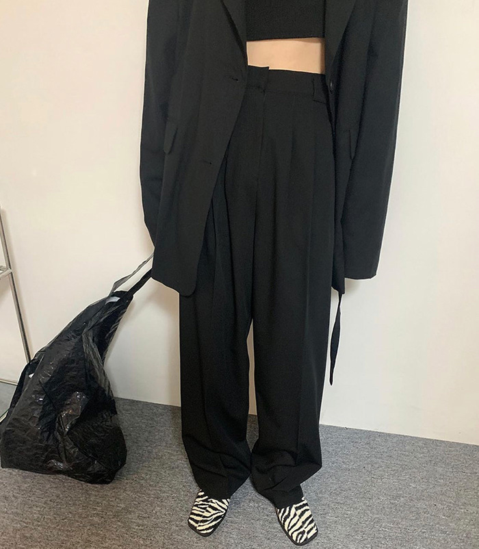 Saint pants