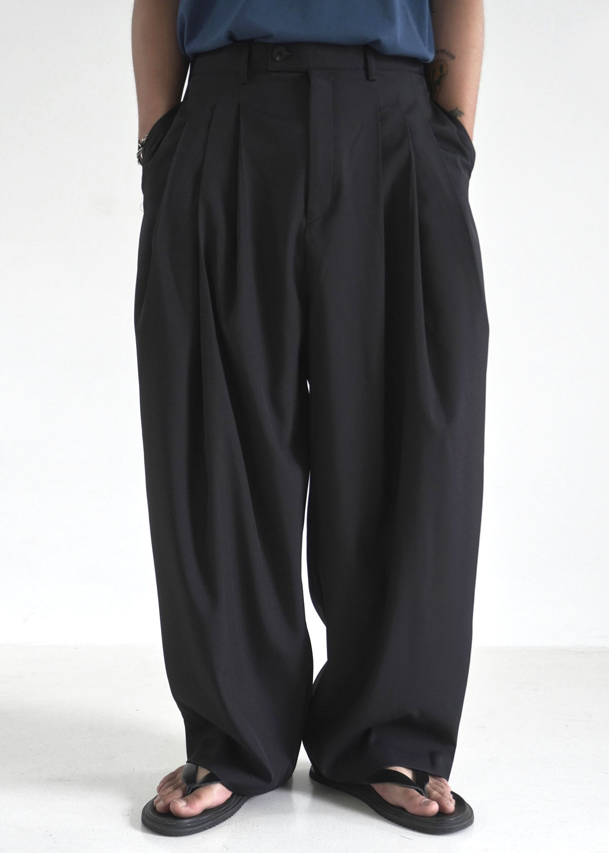 Silky Draped 3 Tuck Wide Pants (2Color)