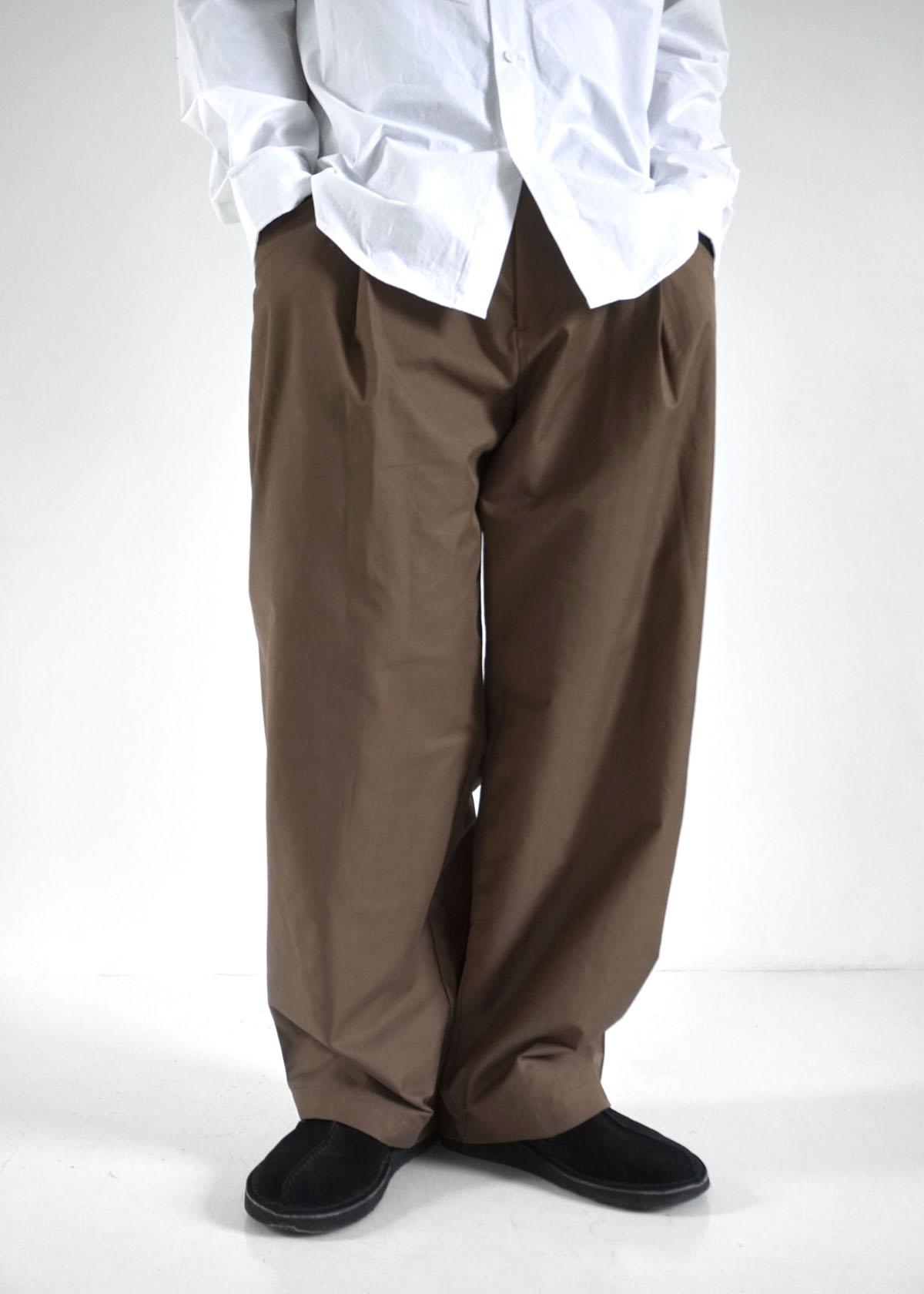 Buckle One Tuck Wide Pants (Mocha)