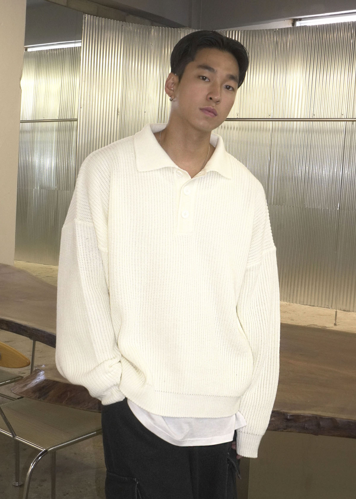 Over Collar-neck Button Knit (4Color)(9월30일 재입고 예정)