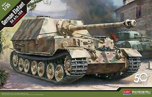 13537  1/35 German Sd.Kfz.184 Elefant