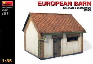 35534  1/35 European Barn