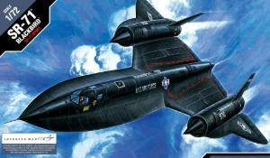 12448  1/72 Lockheed SR-71 Blackbird