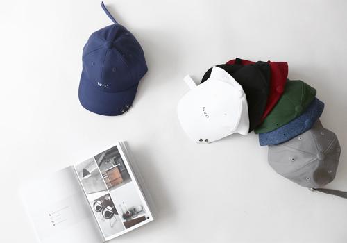 NYC piercing hat