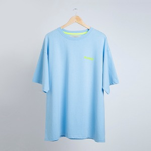 스카이블루 티셔츠