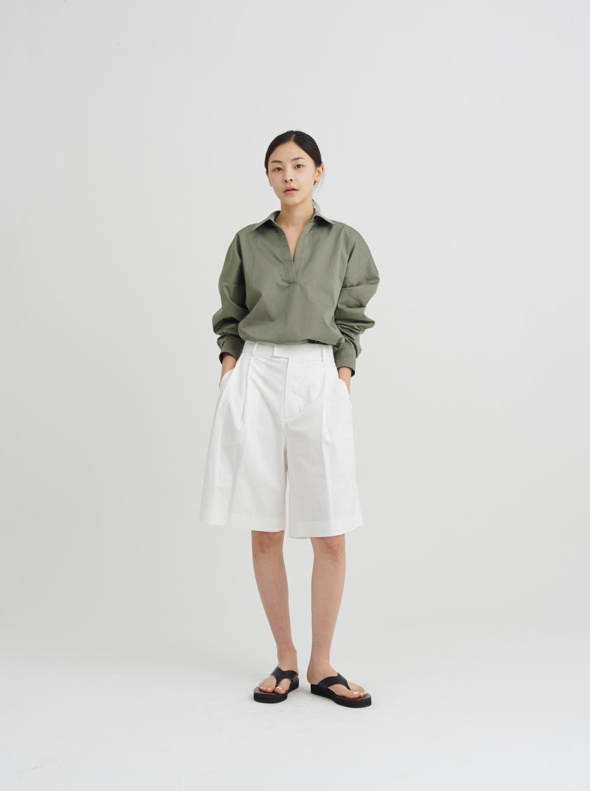 긴팔 티셔츠 모델 착용 이미지-S10L11