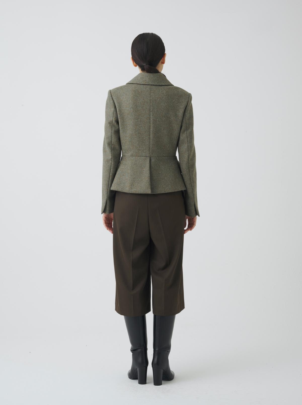 코트 모델 착용 이미지-S1L42