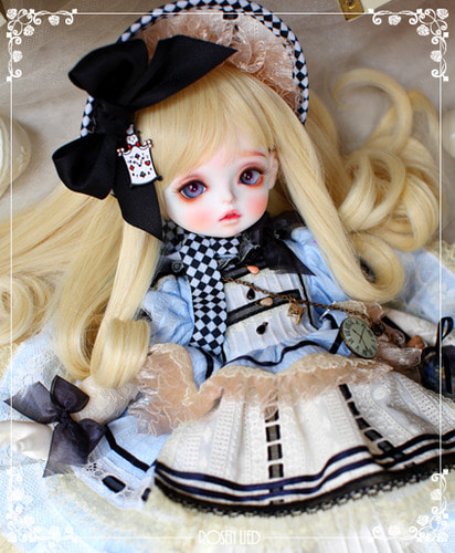 Holiday's Child Limited PomPom - Alice in Rosenlied (2016)