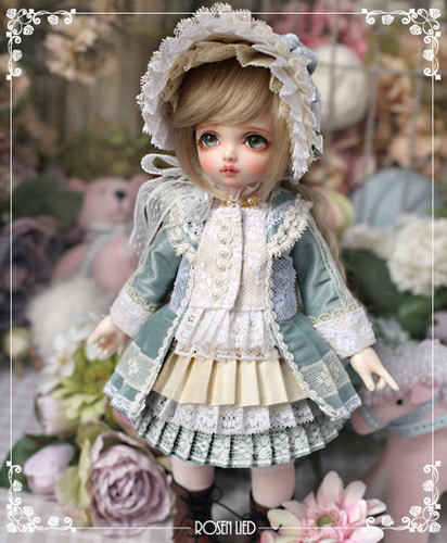 Tuesday's Child Limited Pansy - La Belle Epoque