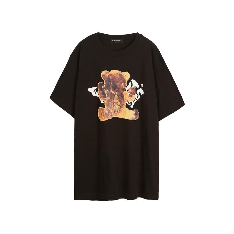 [SUNDAY OFF CLUB : 선데이오프클럽] Torn Saddy Bear Artwork T-shirt Black
