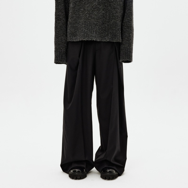 [ATTÈMPT : 어템트] Double Layered 3D Pattern Draped Baggy Trousers Black