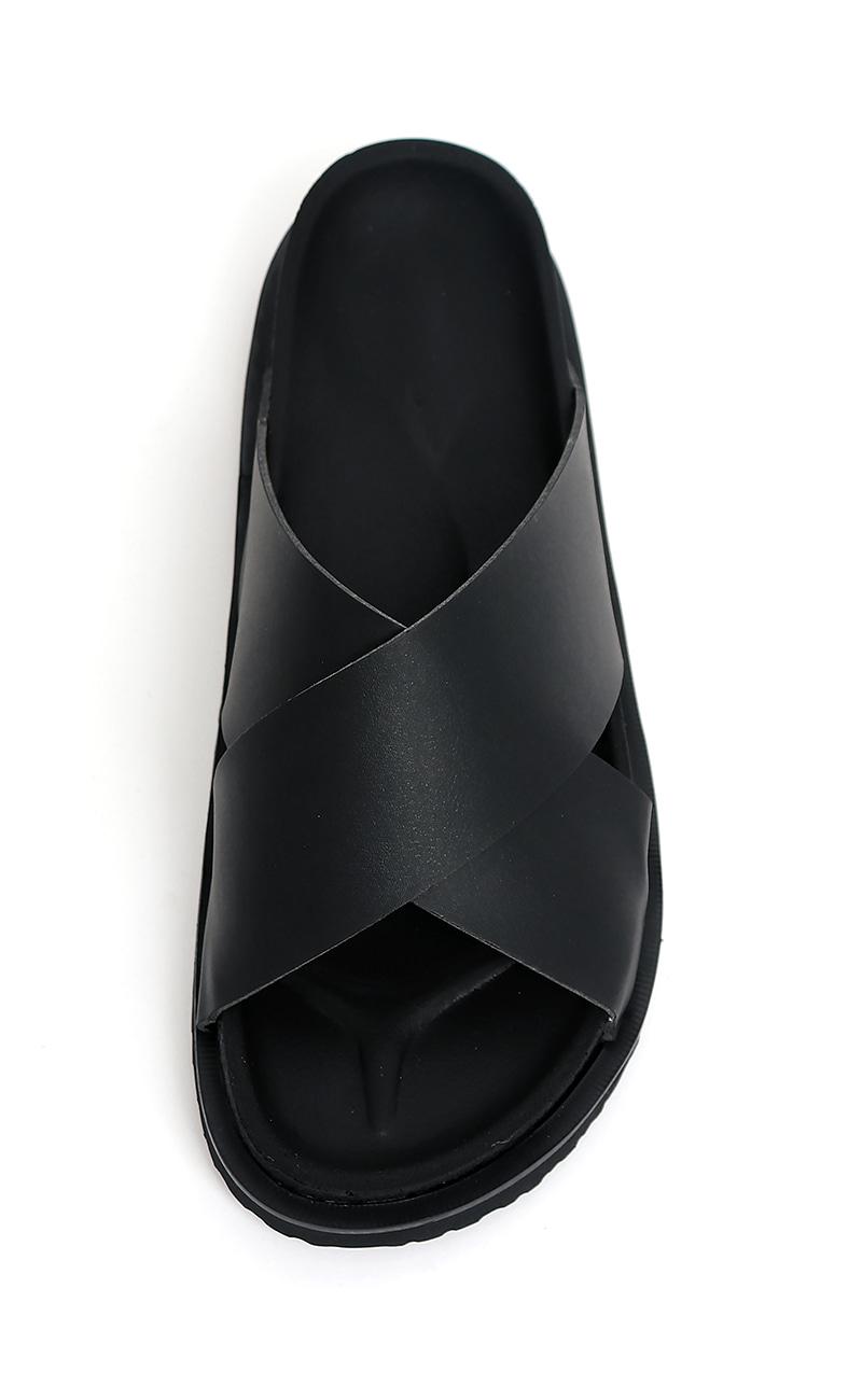 Strap sandal (black)