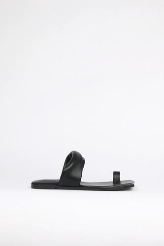 Lou Slides Leather Blackblanc sur blanc blanc sur blanc 블랑수블랑 디자이너 슈즈