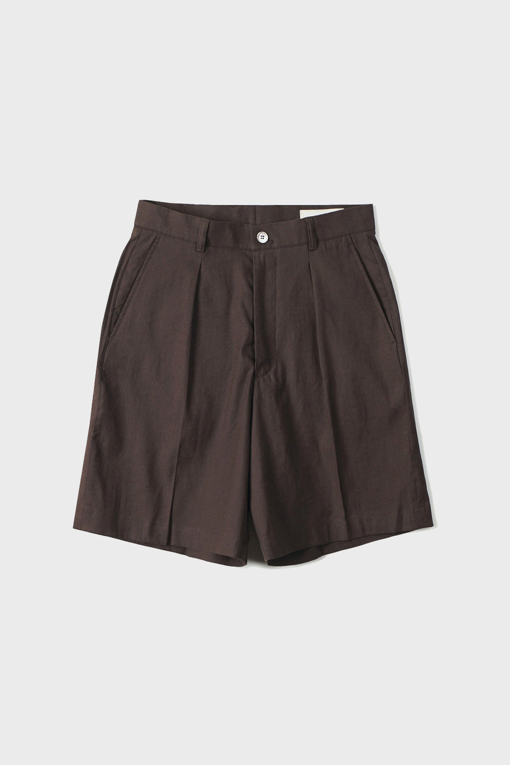 ONE PLEATED WIDE SHORTS