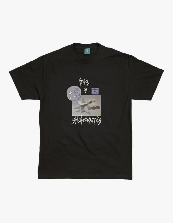 Frog Skateboard Gift From The Moon Tee - Black | HEIGHTS. | 하이츠 온라인 스토어