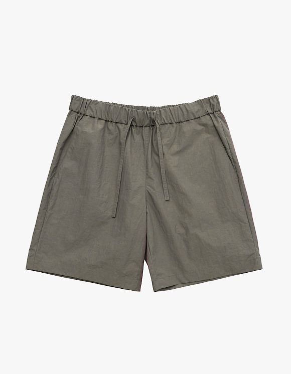 AECA WHITE Summer Essential Shorts - Charcoal Brown   HEIGHTS.   International Store