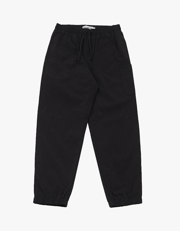 Technophobe TNT Series Woven Training Pants - Black | HEIGHTS. | 하이츠 온라인 스토어