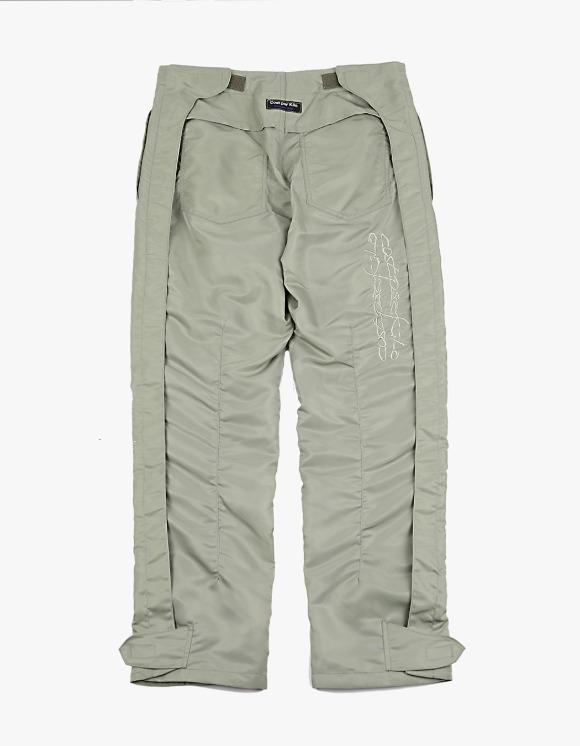 Cost Per Kilo 400 Snow Pants - Sage Green | HEIGHTS. | International Store